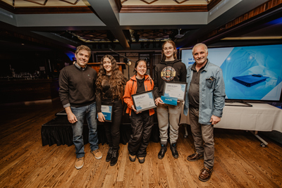 Second prize: (left to right) François Bergeron of Caisse Desjardins de Charlesbourg, U1 students Liliane Bamdadian, May Bi, and Maria Teleman, Ice Hotel artistic director Pierre L'Heureux (Dany Vachon)