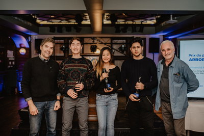 Third prize: (left to right) François Bergeron of Caisse Desjardins de Charlesbourg, U1 students Thomas King, Michelle Wang, and Sahil Adnan, Ice Hotel artistic director Pierre L'Heureux (Dany Vachon)