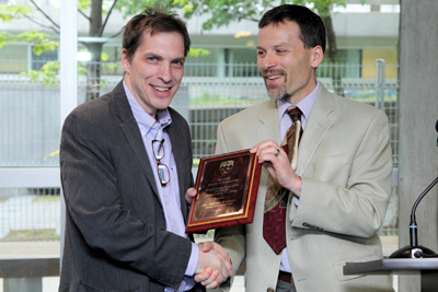 Prof. Martin Bressani receives teaching award from Interim Dean Andrew Kirk (Owe