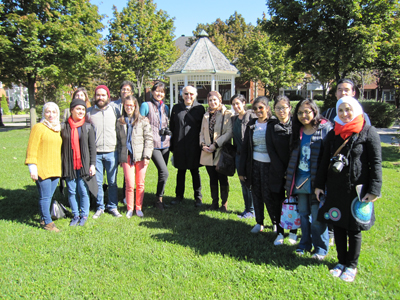 UDH students with Prof. Avi Friedman at Bois Franc, October 2015 (François-Luc Giraldeau)