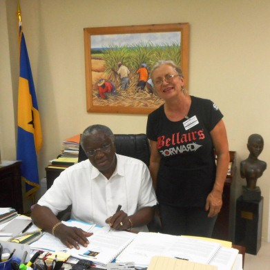Rt. Hon. Freundel Stuart, Prime Minister of Barbados, with Susan Mahon, Director of Bellairs Research Institute