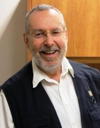 Dr Robert Kok - Emeritus Professor