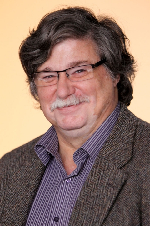 Headshot of Dr. Dan Nicolau