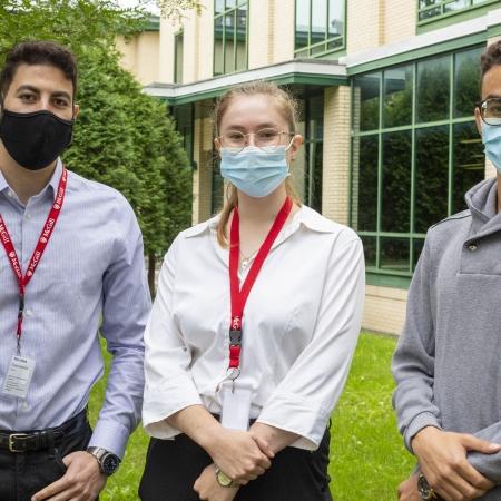 Étudiants en médecine au Campus Outaouais