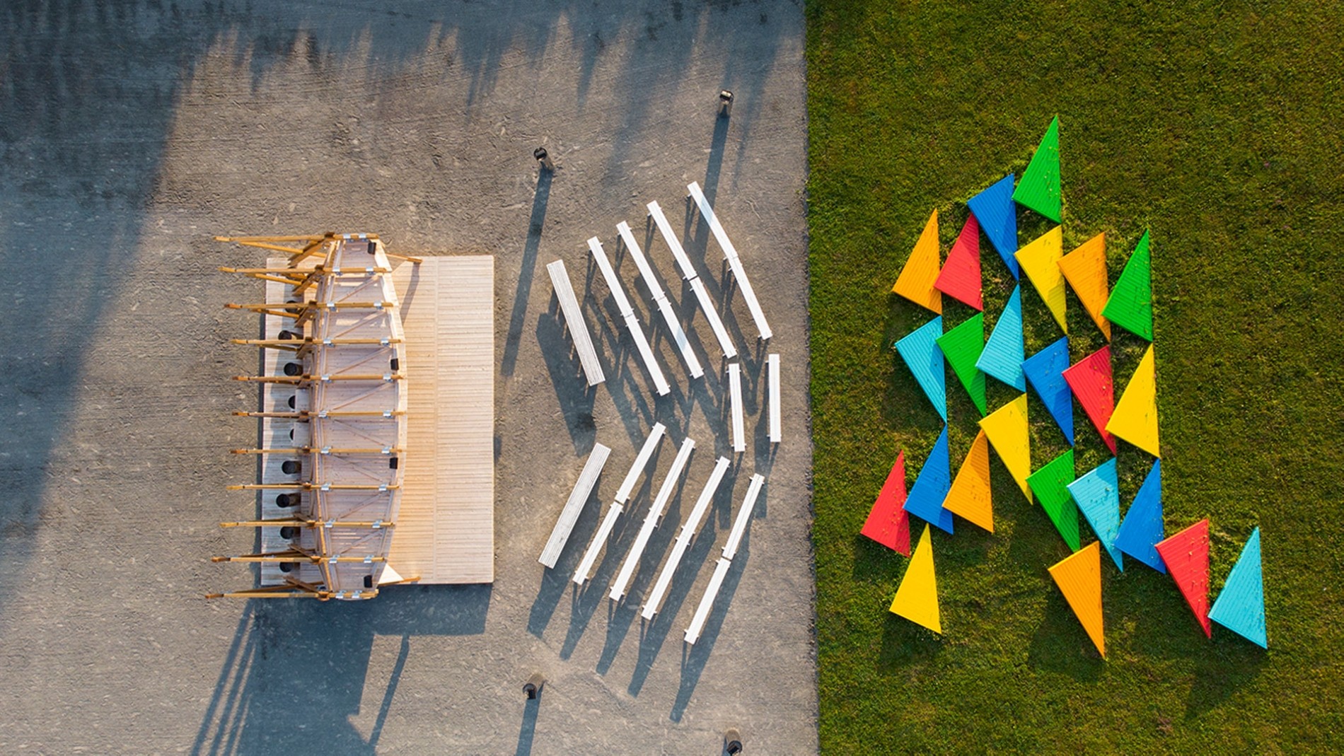 Bicentennial Stage and Pavilion in Jardins de Métis/Reford Gardens