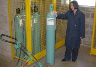A:  Locate your gas cylinder from the gas cylinder cage and transport