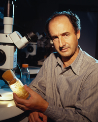 Photo of Dr. S. Lawrence Zipursky
