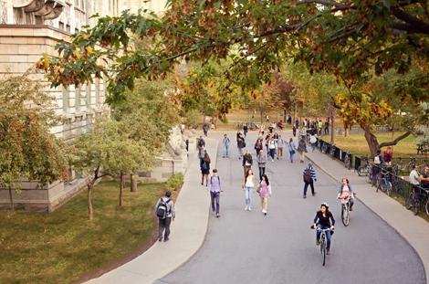 Student Life at Desautels