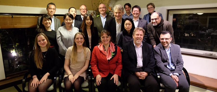 Dean Bajeux-Besnainou, Professors Jaeger and De Motta at the Tokyo alumni reception.