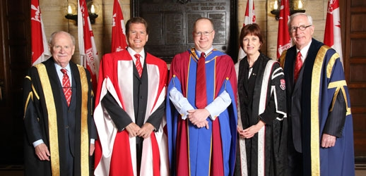 Chancellor Arnold Steinberg (BCom'54), Darren Entwistle (MBA'88, LLD'13), Dean Peter Todd (BCom'83), Principal and Vice-Chancellor Heather Munroe-Blum, and Chair of the Board of Governors Stuart Cobbett (Photo: Owen Egan)