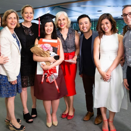 Thao Nguyen (BCom'18) poses with Cathy Yee, Marie-José Beaudin, and Alain Villemaire of the Soutar Career Centre, Rita McAdam, Desautels Director of Marketing & Communications, and sister Tracy Nguyen (BCom'12) and brother-in-law Tran Nguyen (BCom'13)