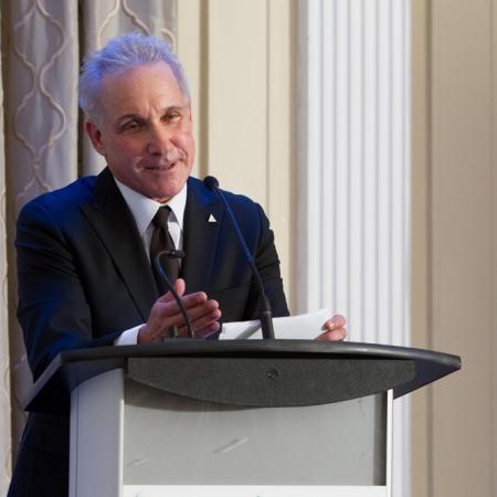 2017 Desautels Management Achievement Award recipient Norman Jaskolka (BCom'76, DPA'78), President - Aldo Group International, The Aldo Group Inc. delivers award acceptance remarks