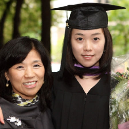 Jeong Hyun Nam (BCom'09) with her mother (Owen Egan)
