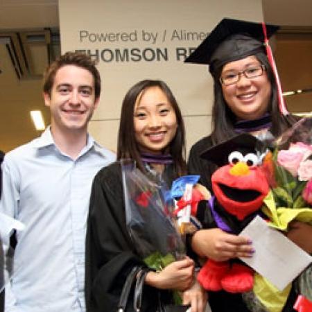 BCom graduates and friends (Photo: Owen Egan)