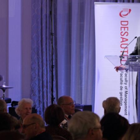 Dean Peter Todd, BCom'83, welcomes alumni