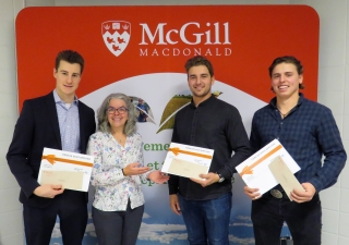 three Financiere agricole du Quebec bursary winners from the FMT and BSc programs, 2018