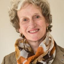Dr Suzanne Dubé