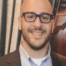 Dr Thomas Maniatis