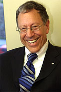Janvier 2005: L'honorable Irwin Cotler