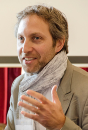 Professor Mark Antaki speaking at a conference (photo by Lysanne Larose)