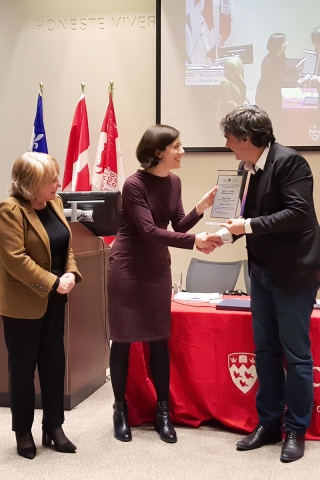 The award was presented to Mr. Yücel by Gabriela Siegel and Sylvia Litvack, respectively grand-daughter and widow of Robert Litvack.
