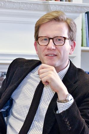 Le professeur Helge Dedek