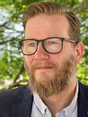 Prof. Helge Dedek