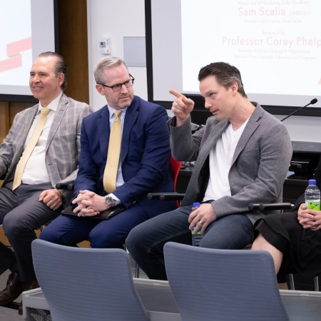 Sam Scalia (EMBA'13), Professor Corey Phelps, Craig Buntin (MBA'13), JoAnne Gaudrea (EMBA'13), and Tim Thompson (MBA'90) participate on the Managing growth as an Entrepreneur panel.