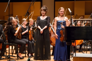 Amy Hillis and Katherine Dowling before their concerto