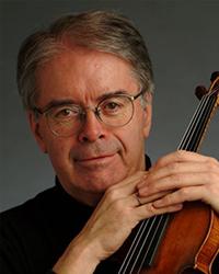 Violinist Andrew Dawes