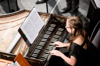A harpsichordist in performance