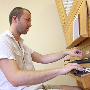 Jean-Willy Kunz, DMus 2011, has been named the new Resident Organist of the OSM