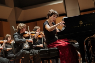 Anna Peletsis, piano; Photo Credit: Tam Lan Truong