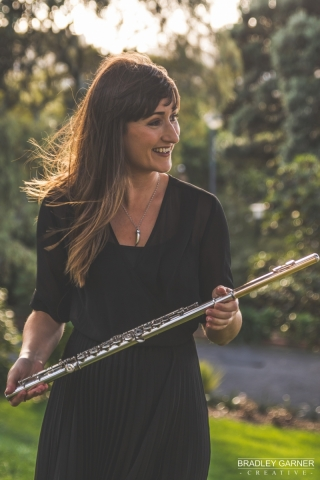 Hannah Darroch, flute. Photo by Bradley Garner.