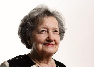 Brenda Milner, pionnière de la neuropsychologie, célèbre aujourd'hui son 100e anniversaire de naissance