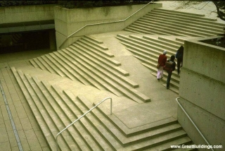 Picture of stramps, stairs with ramps integrated in them