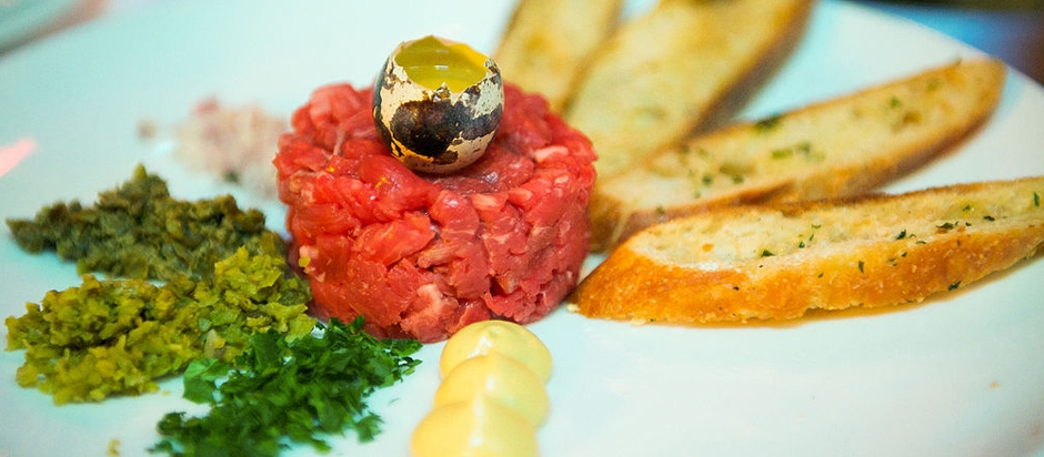 What are the risks of eating steak tartare? | Office for