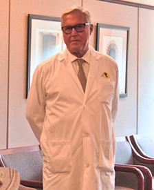 Dr Jorge Schwarz | Division of Plastic Surgery - McGill