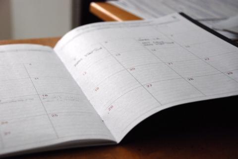 Image of a desk calendar