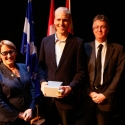 Jaan Altosaar (centre) with Dr. Suzanne Fortier and Dean Martin Grant.