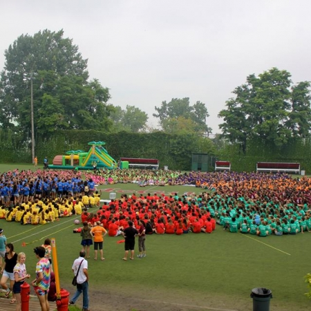 Rez-idents gather in a circle for the cheering competition at Rez Fest 1
