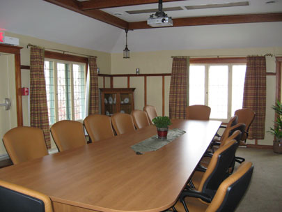 Meeting Rooms, Conferences, Retreats | Tadja Hall Faculty ...