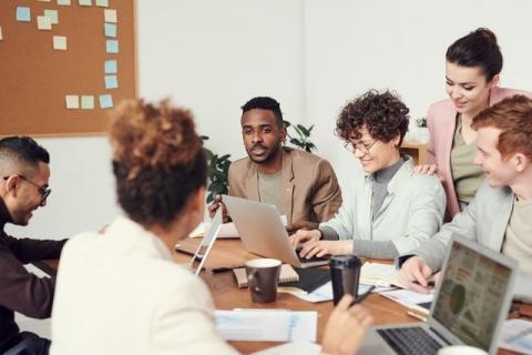Assignation des rôles pour le travail en groupe
