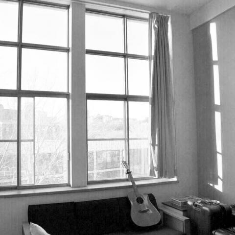 Un salon à l'intérieur des résidences de McGill