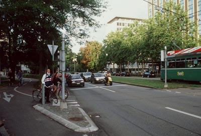 Basel: tramway on designated right-of-way